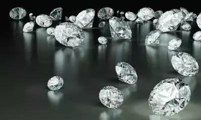 The difference between laboratory diamonds and natural diamonds